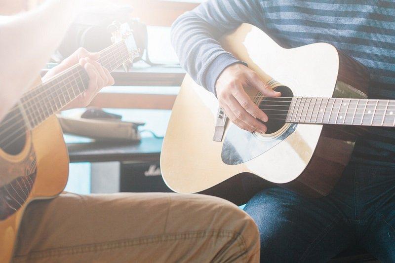 לימודי גיטרה למתחילים