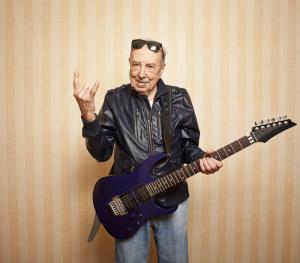 שיעורי גיטרה למתחילים בגיל מבוגר