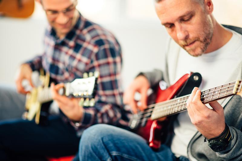 שיעורים עם מורה לגיטרה בתל אביב